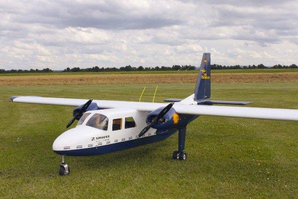 Islander BN-2 in 1:4 8