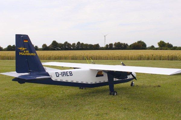 Islander BN-2 in 1:4 9